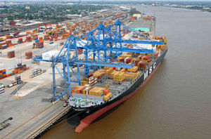 350px-Container_ship_New_Orleans